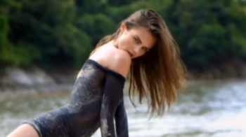 Cea mai sexy moldoveanca a devenit mama! Cum arata fata care a filmat alaturi de Justin Bieber