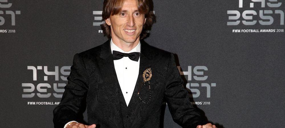 Castiga 28.000 euro PE ZI la Real Madrid, dar asta nu-i ia mintile! Ce telefon are Luka Modric! Tot internetul il lauda pe croat
