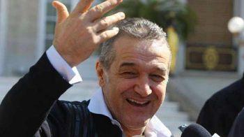 """Reactia lui Becali cand a vazut ca italienii i-au preluat declaratia despre """"piticania Dybala"""" :)"""