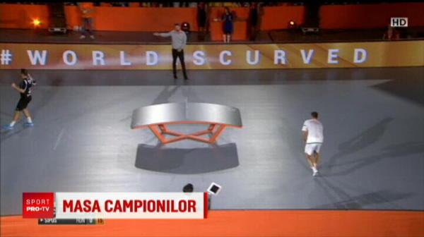 Un roman a luat titlul mondial la fotbalul pe masa de tenis!