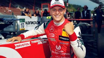 Mick Schumacher, disputat deja de Ferrari si Mercedes! Ce COTA are sa devina campion mondial pana in 2021!