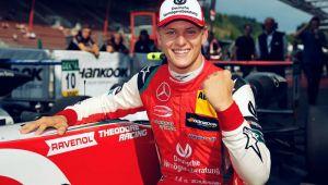 Mick Schumacher, disputat deja de Ferrari si Mercedes! Ce COTA are sa devina campion mondial pana in 2021!