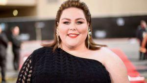 La 180 de kg, actrița Chrissy Metz a apărut pentru prima oară în costum de baie