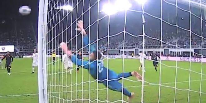 Rooney, gol  a la Ianis Hagi  :) Executie superba a fostului star de la United   VIDEO