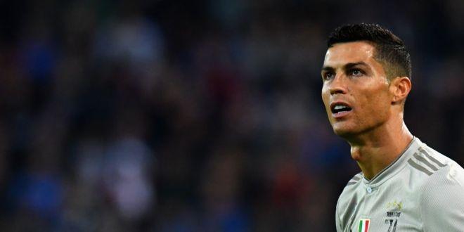 Ronaldo, cel mai urmarit sportiv pe internet, dar primeste mai putini bani decat doua vedete din SUA. Cati bani ia pentru fiecare postare pe Instagram