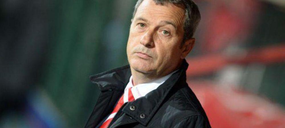 Rednic aduce SASE JUCATORI pentru a salva sezonul lui Dinamo: inlocuitor pentru Penedo, aparare noua si oameni de gol! Ce planuri are