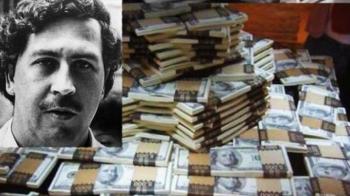"""Cum arata fratele lui Pablo Escobar! """"El Osito"""" a fost contabilul imperiului de 20 de miliarde de dolari dar acum e sarac"""