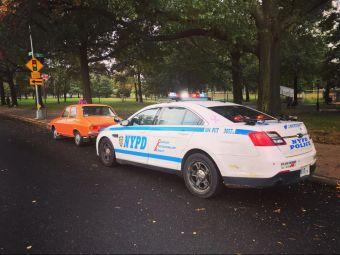 FOTO | Imaginea care a facut inconjurul internetului! Motivul incredibil pentru care NYPD a oprit aceasta Dacie 1300