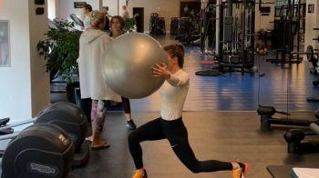 FOTO   Simona Halep trage din greu la antrenamente! A inceput recuperarea