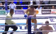 VIDEO | Tragedie in ring: un campion din boxul thailandez a murit dupa un KO