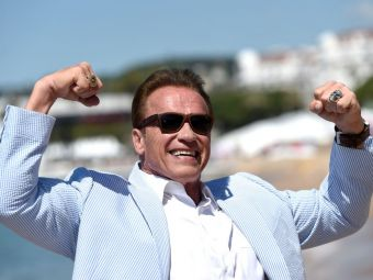 """Arnold Schawarzenegger vine in Romania, iar culturistii s-au pus pe treaba pentru a-l impresiona. Cum arata barbatul de 69 de ani devenit """"cel mai musculos senior"""""""