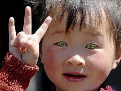 Descoperire socanta in inima Chinei. Cine sunt oamenii cu ochii verzi despre care nu se stia pana acum