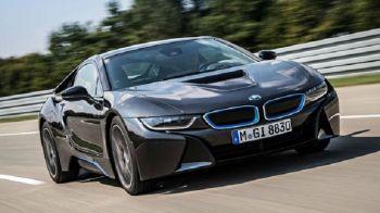 BLACK FRIDAY 2018 | eMag scoate la vanzare un BMW i8, cel mai valoros produs vandut de un Black Friday in Romania! Pretul de catalog