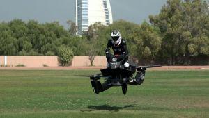 Tara in care Politia va veni pe motociclete zburatoare! Au cumparat deja vehiculele si ii antreneaza pe politisti. FOTO