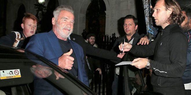 Arnold Schwarzenegger, invitat în România. Zece motive pentru care n-ar trebui să stea pe gânduri