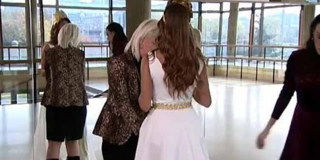 Rochia unei concurente la Miss, considerata indecenta. Cum arata cand se intoarce cu fata