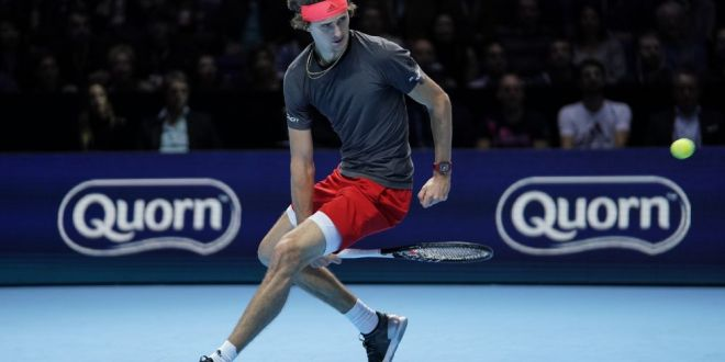 Zverev l-a invins pe Federer, dar a fost huiduit de public! Si-a cerut scuze imediat:  Imi pare rau, nu am vrut sa supar pe nimeni!