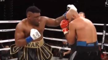 """KO incasat de Dinu in meciul pentru titlul WBA, azi-noapte, in America! Romanul, pus la podea de doua ori de """"Big Baby"""" Miller"""