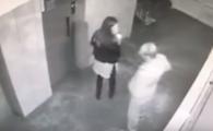 VIDEO socant! Tanara atacata cu brutalitate intr-o scara de bloc. Ce i-a facut barbatul