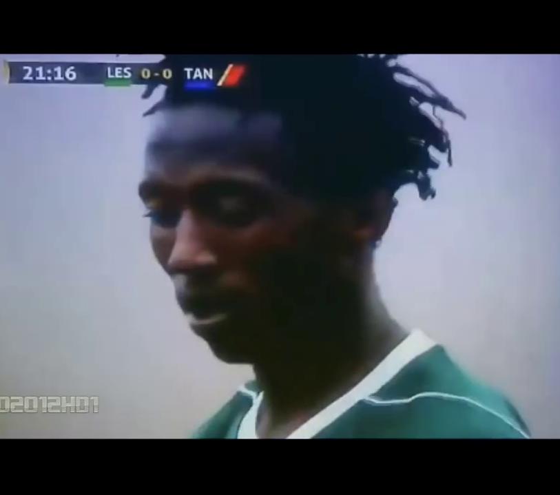 Comedie de erori in Lesoto cu Tanzania! De cate ori a putut sa lufteze un atacant cu poarta goala in fata! :))