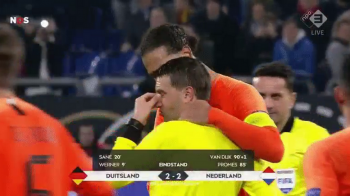 """Hategan, in lacrimi pe teren! Van Dijk primeste laude din toata lumea dupa ce l-a imbratisat: """"Gest de capitan!"""" VIDEO"""
