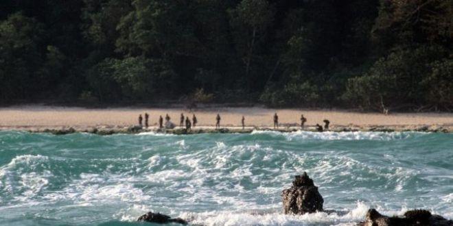 Turist atacat cu sageti si ucis de un trib care refuza contactul cu strainii