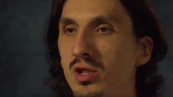 "GENIAL: Baschetbalistul care seamana perfect cu Ibrahimovic lanseaza cartea ""I am not Zlatan"" :)"