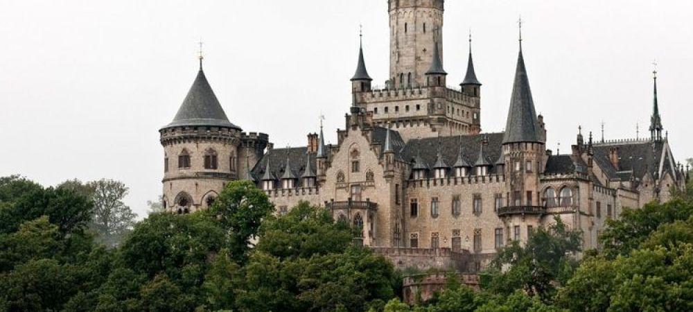 """Motivul pentru care acest castel a fost vandut cu 1 dolar. Are un singur """"defect"""""""
