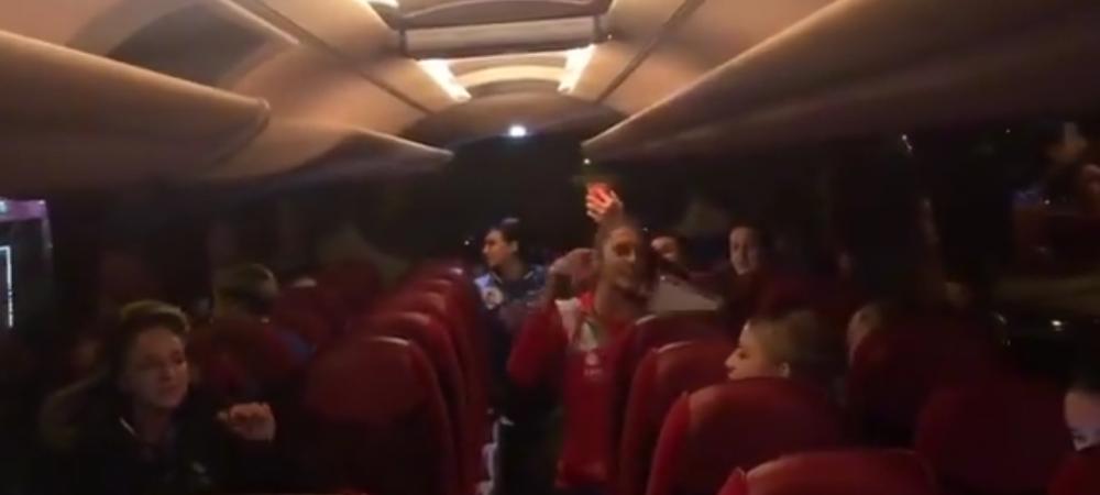 """""""Din toata inima, pentru Romania!"""" PARTY cu fetele de la nationala de handbal feminin in autocar! VIDEO"""