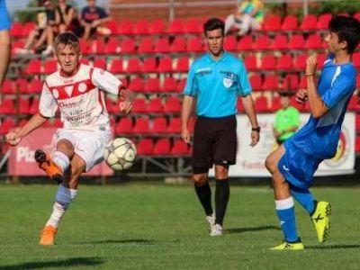 Record in Romania: l-a batut pe Dobrin! A jucat la 14 ani si tocmai a refuzat-o pe FCSB! Pustiul care poate aduce MILIOANE