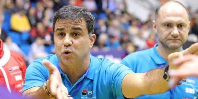 Ambros Martin, reactie disperata dupa accidentarea lui Neagu:  Va rog, faceti ceva!  Selectionerul a pus tunurile pe organizatori