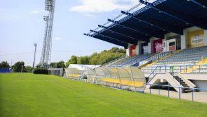 FRF a interzis gazonul artificial in Liga 1! Echipa afectata de noile reguli din Romania