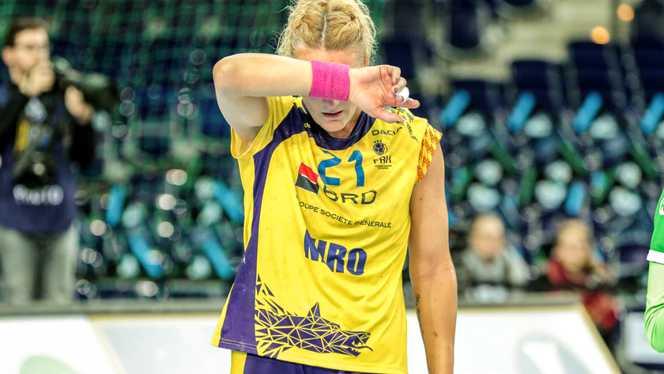 IN LACRIMI dupa accidentarea Cristinei Neagu! Reactie emotionanta a jucatoarelor de la nationala de handbal feminin