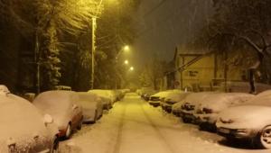 Dezastru pe strazile din Romania dupa o noapte de ninsoare. Ce se intampla ACUM in mai multe judete
