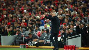 """""""Piti, Piti, nu-i lasa!"""" :)) Umilinta suprema pentru Mourinho pe Anfield! Ce i-au strigat fanii lui Liverpool la finalul meciului"""