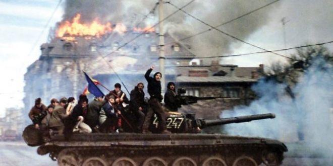 Marile manipulari ale Revolutiei din rsquo;89: Stirea cu  Rambo de Romania  care a alungat tancurile rusesti de la granita
