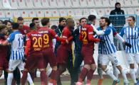 GOL SUPERB marcat de Sapunaru: I-a dat gata pe turci! Romanul s-a incaierat cu adversarii dupa reusita | VIDEO