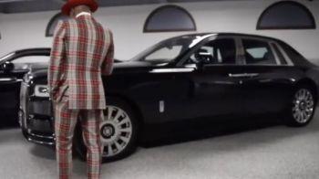 """Mayweather isi intimideaza adversarul cu colectia sa de masini: """"Pe care s-o conduc?"""" Cum arata garajul sau. VIDEO"""