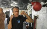 A gresit tinta! Surpriza vietii pentru un pusti care a incercat sa jefuiasca un bunic de 68 de ani! Ce i-a facut fostul campion la kickboxing! FOTO