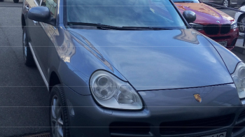 Porsche Cayenne, la 4600 de euro! ANAF scoate un parc auto la vanzare. Masina care costa 513 lei