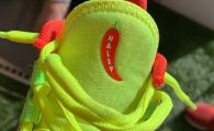 FOTO: Ghetele personalizate cu care Simona Halep va juca la Australian Open