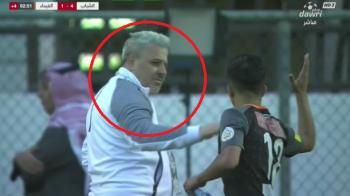 VIDEO: Numai Sumudica putea sa reactioneze asa :) Ce s-a intamplat dupa ce un jucator a venit sa bata palma cu el
