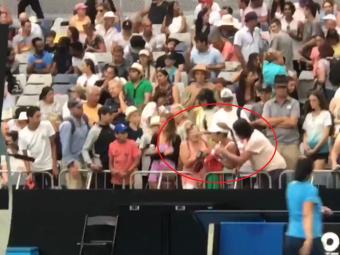 Asa ceva nu s-a mai vazut niciodata! Bataie intre doua femei in tribune la Australian Open! De la ce a pornit totul. VIDEO