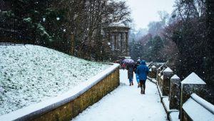 Sambata revin ninsorile si temperaturile scazute. Prognoza meteo pentru weekend