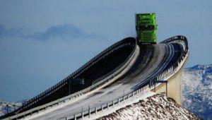 Secretul asfaltului din tarile nordice. Drumurile nu sunt afectate de fenomenul inghet-dezghet