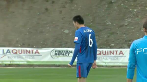 FCSB inscrie pentru 2-0 cu Shanghai Shenhua, fundasul chinezilor trimitand in propria poarta