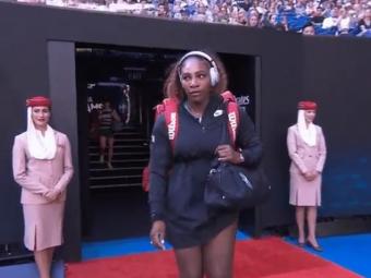 GAFA FABULOASA: Ce s-a auzit de la statie in momentul in care a iesit Serena Williams pe arena! Halep a inceput sa rada