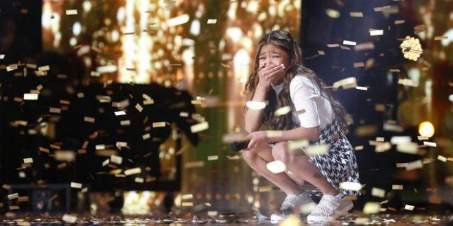 O fetiță de 10 ani a făcut istorie la America rsquo;s Got Talent. A primit Golden Buzz de două ori