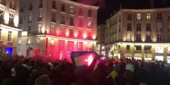 Imagini incredibile la Nantes! Mii de oameni au iesit in strada pentru Emiliano Sala:  Esti mai mult decat un jucator!