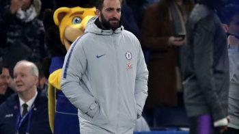 """""""N-au mai avut bani de pantaloni XXL!"""" :)) Higuain, luat la misto de fostii colegi de la AC Milan dupa transferul la Chelsea! Imaginea pentru care l-au ironizat"""